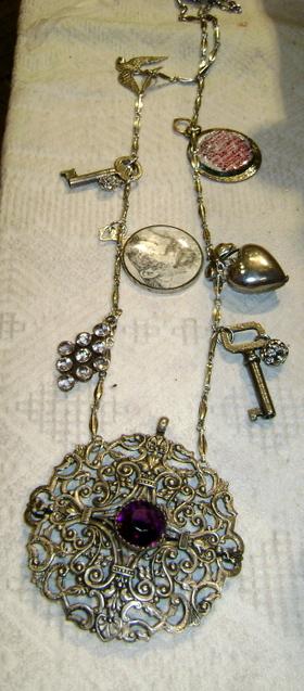 Bracelet_neck
